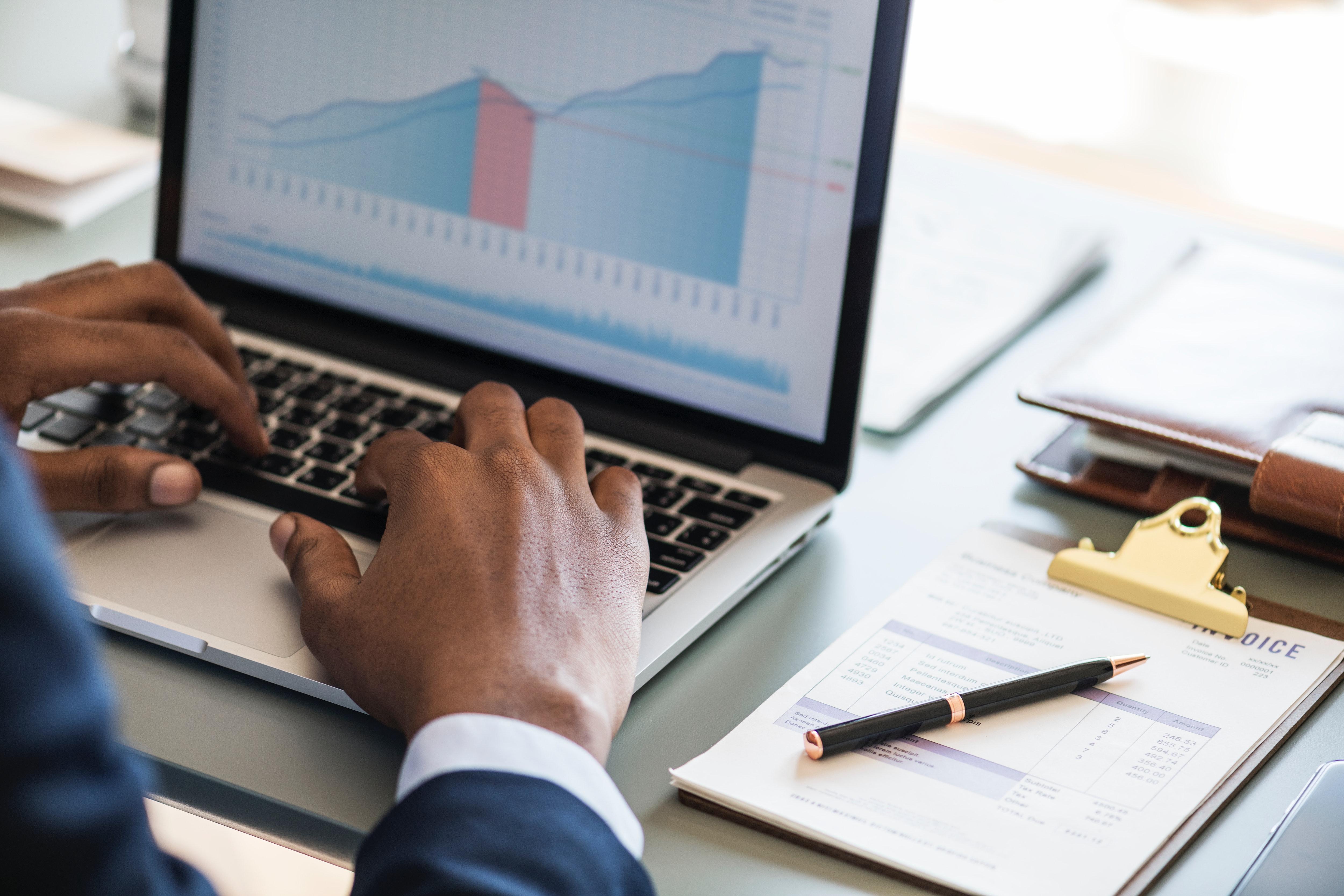 analytics-chart-data-884450