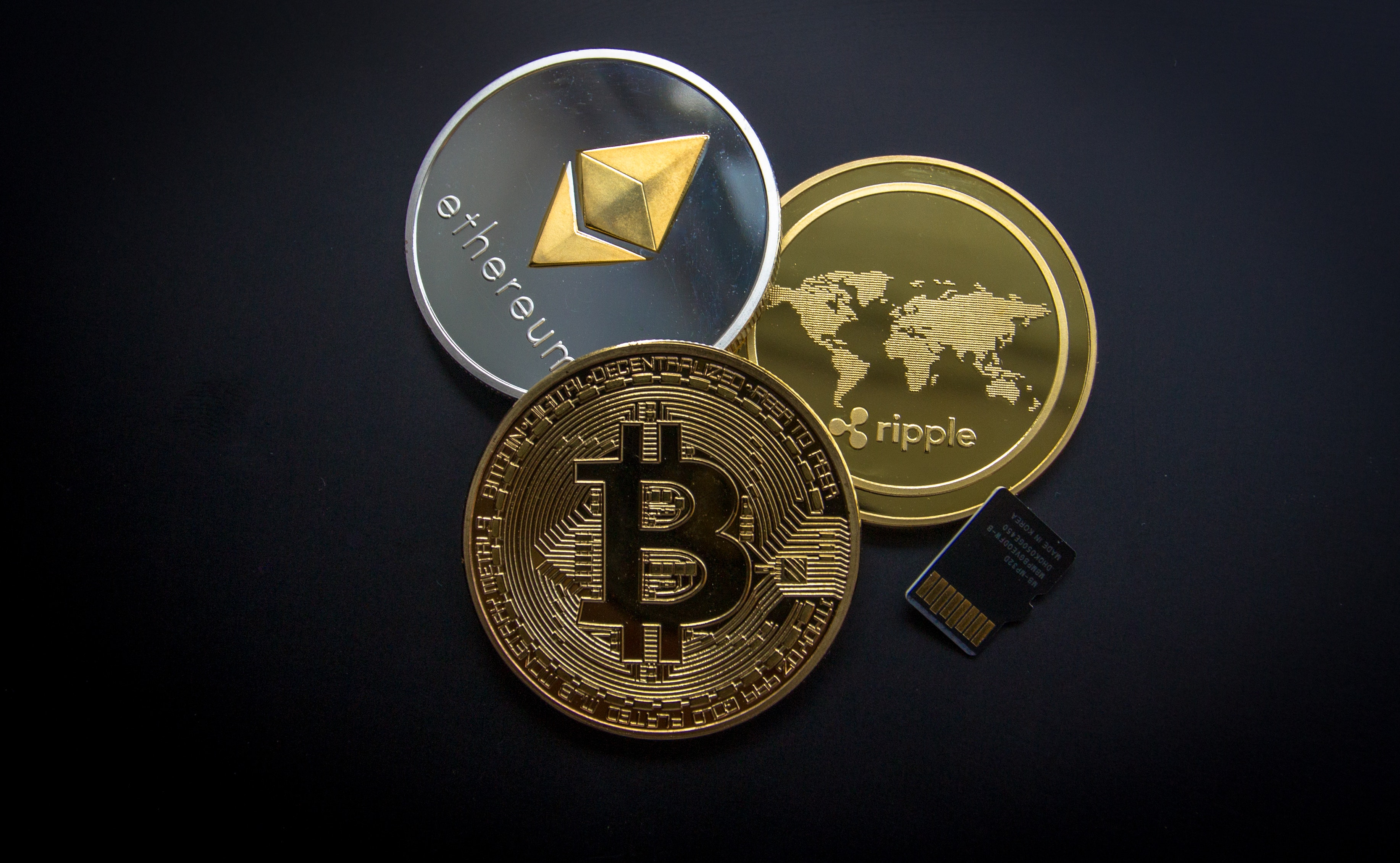 bank-bitcoin-business-844124